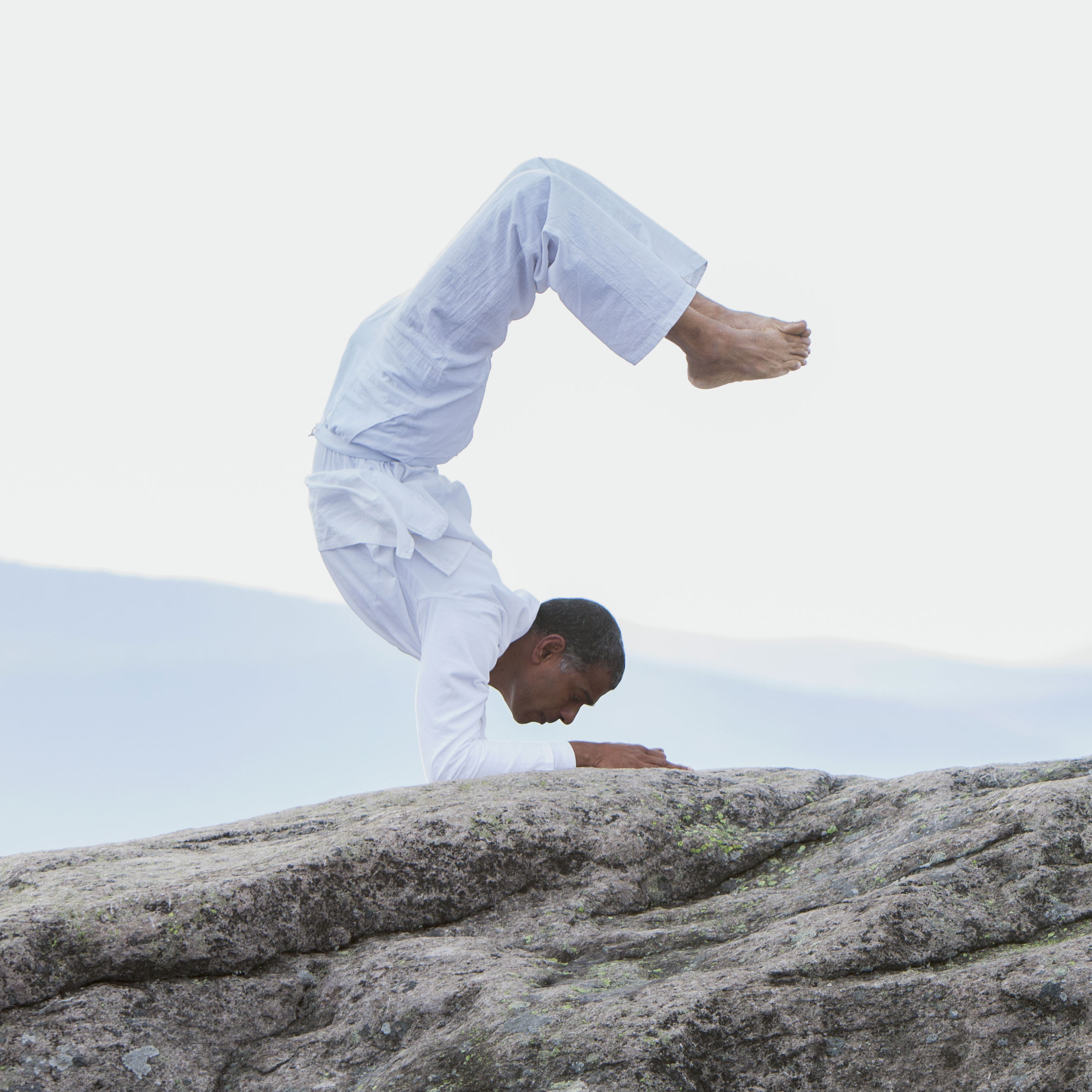 centre-yoga-om-shanthi-yoga-avance